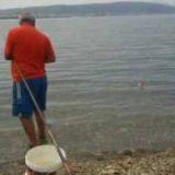 Για ψάρεμα στή λιμνη gia psarema stin volv
