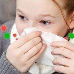 Κύμα λοιμώξεων του ανωτέρου αναπνευστικού σαρώνει τη χώρα μας. Τι πρέπει να κάνετε